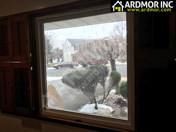 Broken-Seal-in-Picture-Window,-Collingswood,-NJ-before