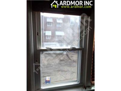 Foggy_Glass_in_Double_Hung_Window_Replacement_Philadelphia_PA