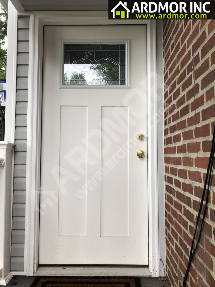 Self_Storing_Storm_Door_Installation_in_Springfield_PA_before