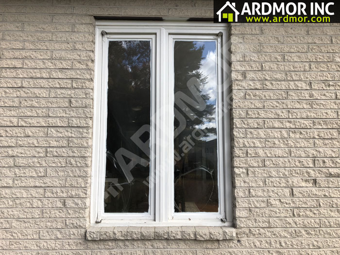 Vinyl_Casement_Window_Replacement_in_Huntingdon_Valley_PA_before