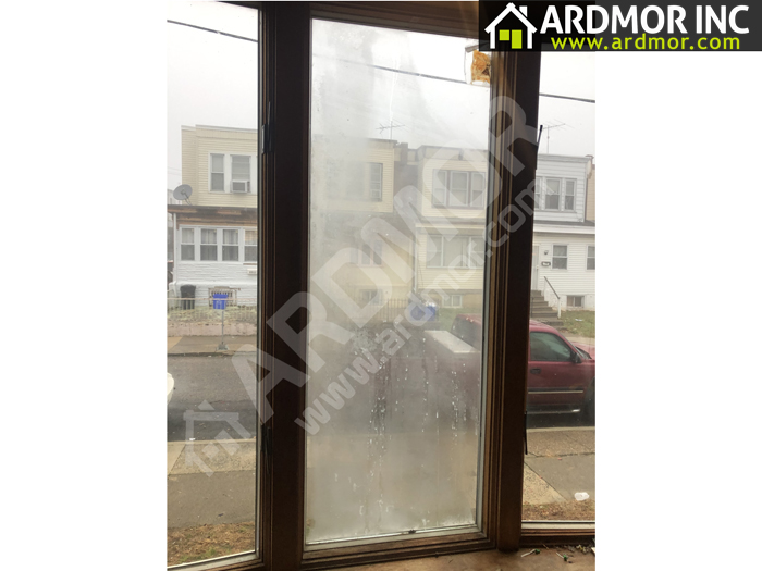 Andersen_Picture_Window_Foggy_Glass_Replacement_Willow_Grove_PA-before